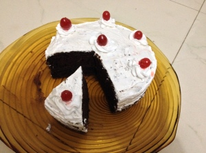 chocloate cake with whipped cream